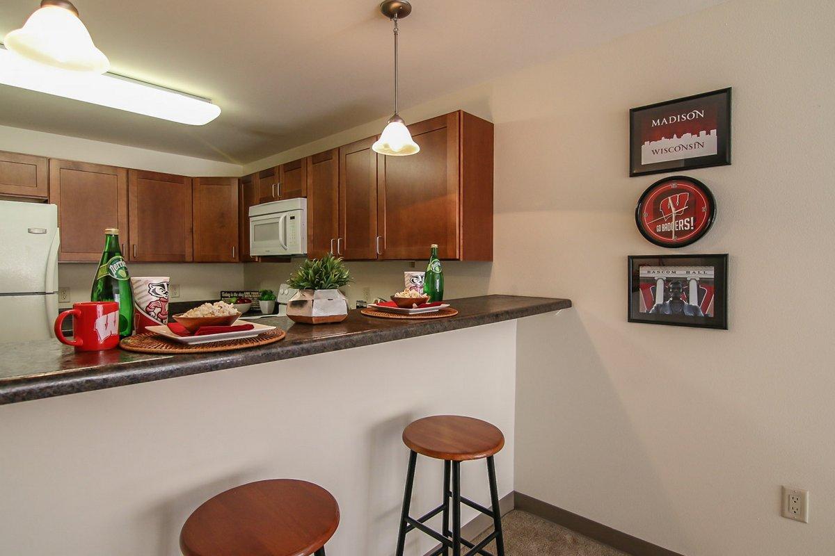 Ph Apartments Breakfast Bar